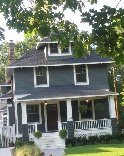 I Adore This Foursquare Square House Plans Exterior Paint Colors For House Exterior House Colors