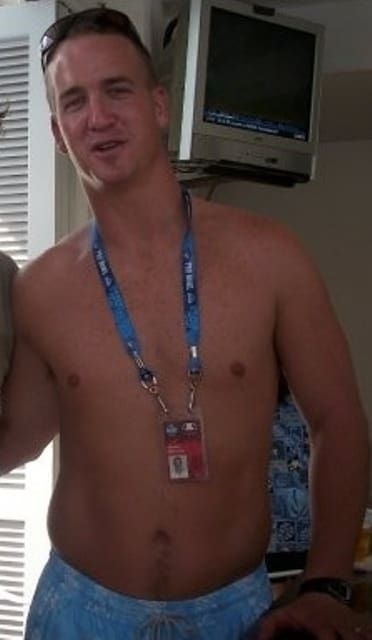 The Best And Worst Quarterback Bodies According To Their Shirtless Pictures Peyton Manning Peyton Manning Wife Peyton Manning Kids