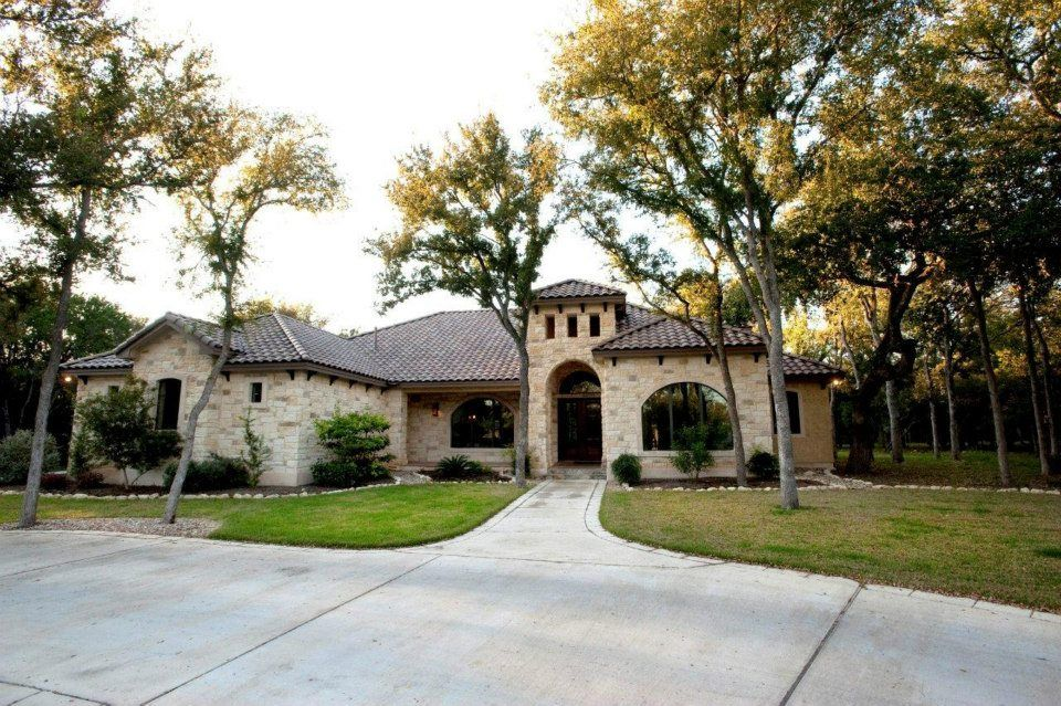 L Nunez Signature Homes Sanantonio Realestate Custom Home Builders Custom Homes Home Builders