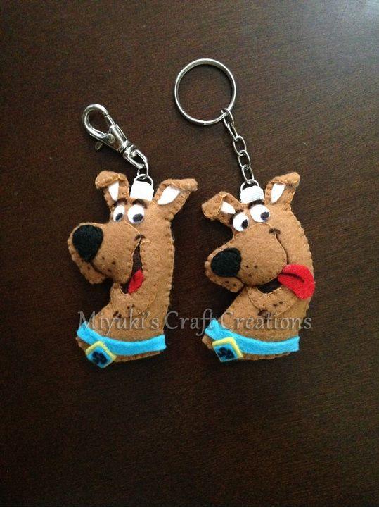 Scooby Doo felt keychain. Felt Crafts. Miyuki´s Craft Creations.  feltcraft   handmade  feltro  ArteEmFeltro  CraftArt  keychain  ScoobyDoo fadfbe6230d2