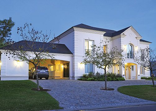 Clari clari arquitectos house exterior and - Casas estilo frances ...
