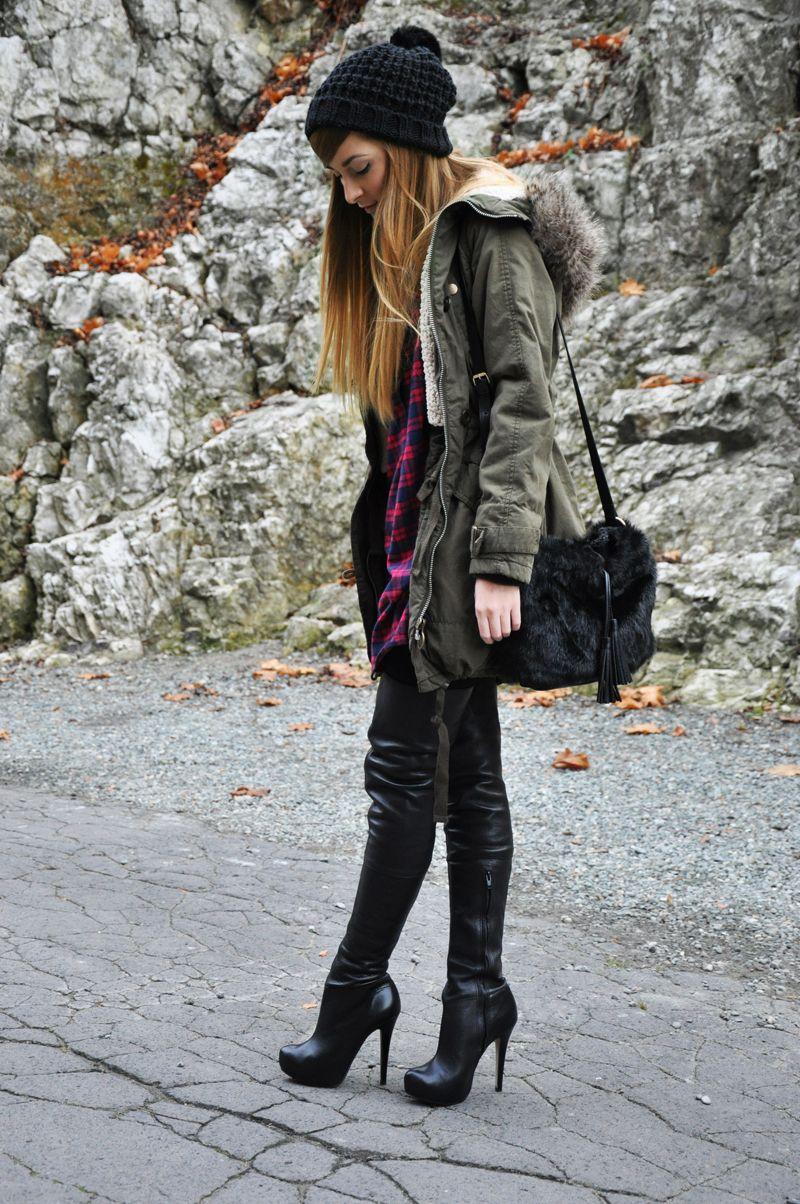 Fashion blogger Karina from karinainfashionland in Topshop ...