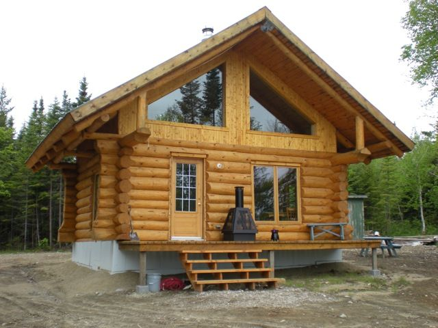 Chalet en bois rond recherche google chalets for Recherche maison en bois