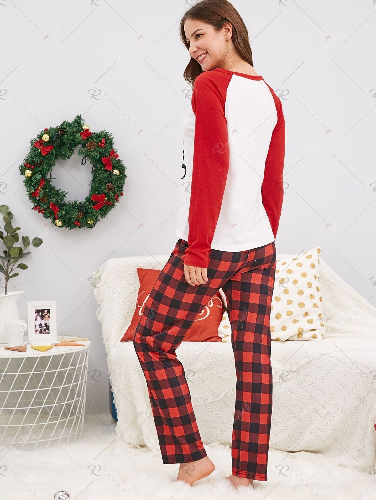 Christmas Letter Print Family Pajamas Ad Letter