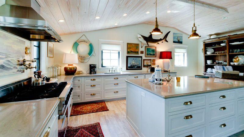Fish house231 oak ave 908 island real estate fish