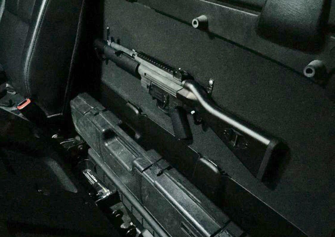 2007 Chevy Avalanche Mod Gun Storage Behind Seat Gsg522