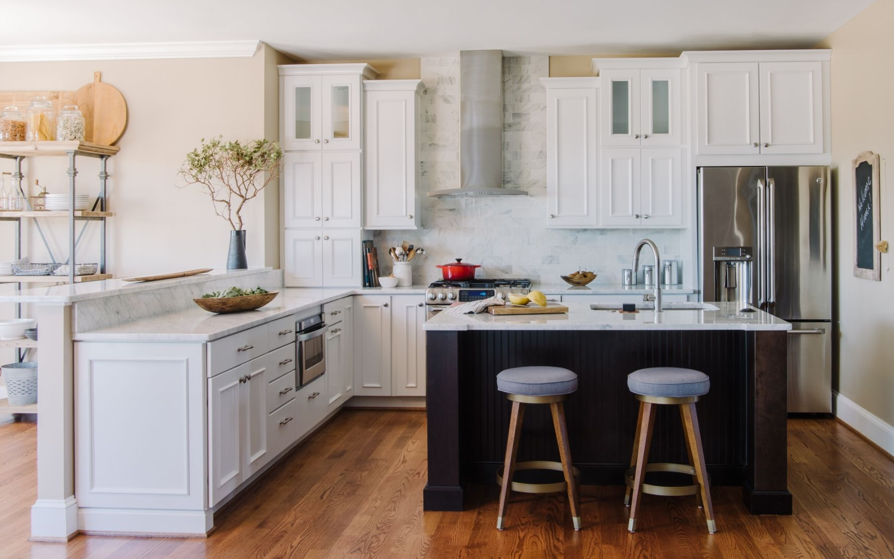 Gentlemen\'s Retreat | Two-Tone Kitchen Cabinets | Pinterest ...