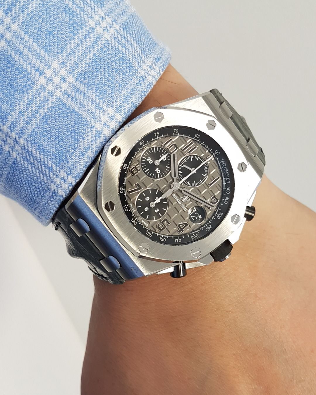 audemars piguet royal oak offshore 39 elephant 39 26470st oo watch On royal oak offshore elephant