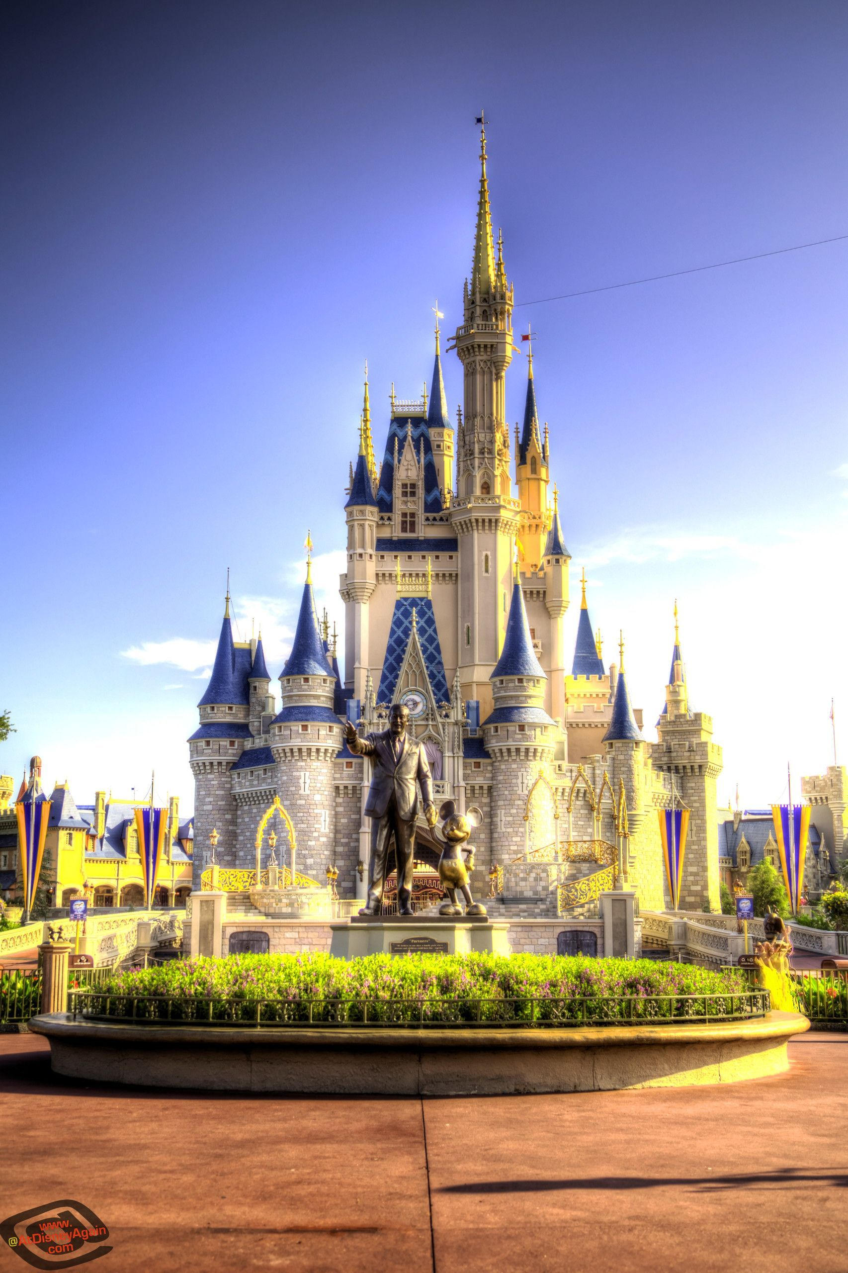 Disney World Wallpapers Top Free Disney World Backgrounds Wallpaperaccess In 2020 Disneyland Castle Disney Castle Disney Princess Background