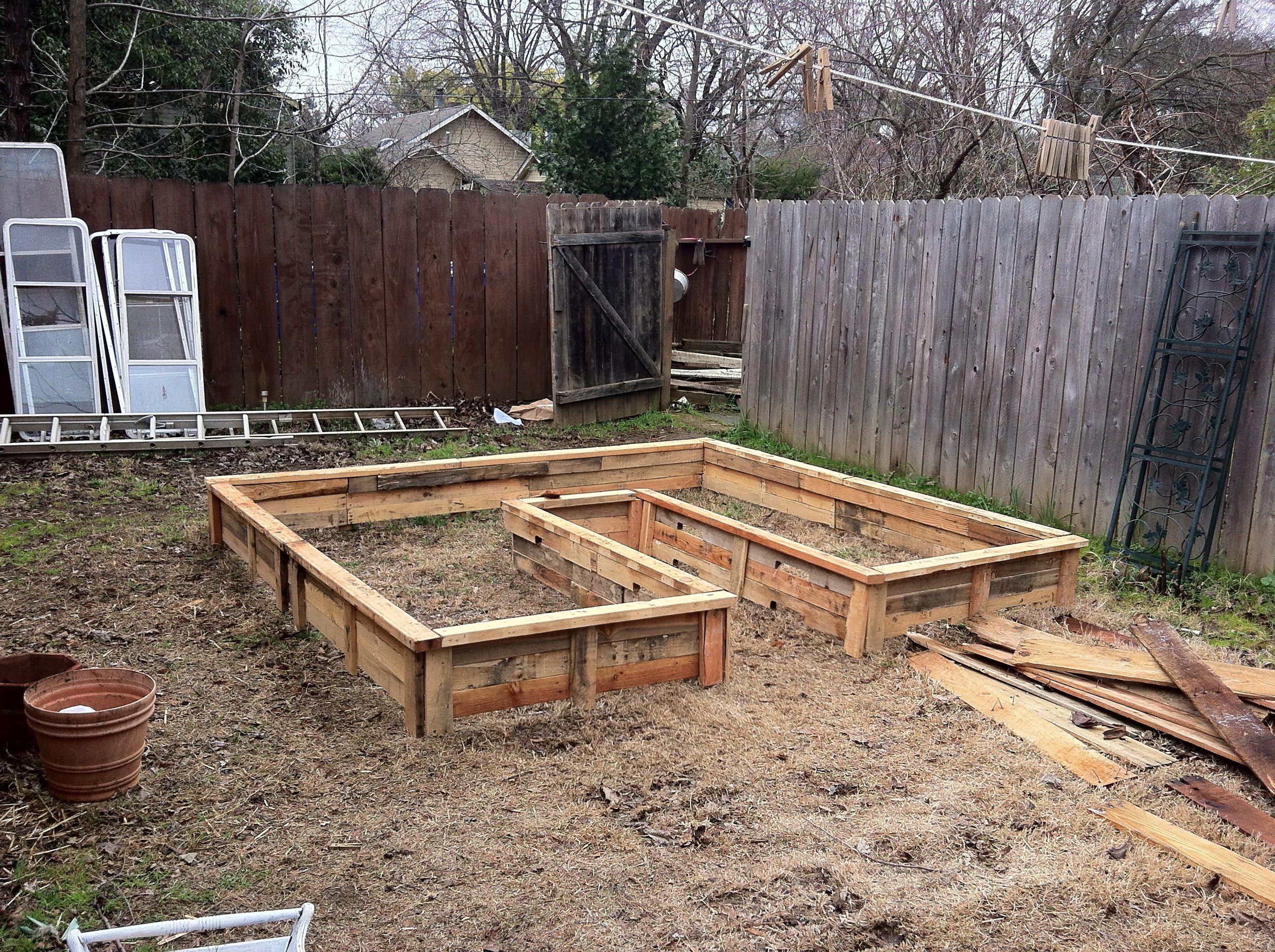 Pallet Keyhole Bed Urban Gardening Pallets Garden