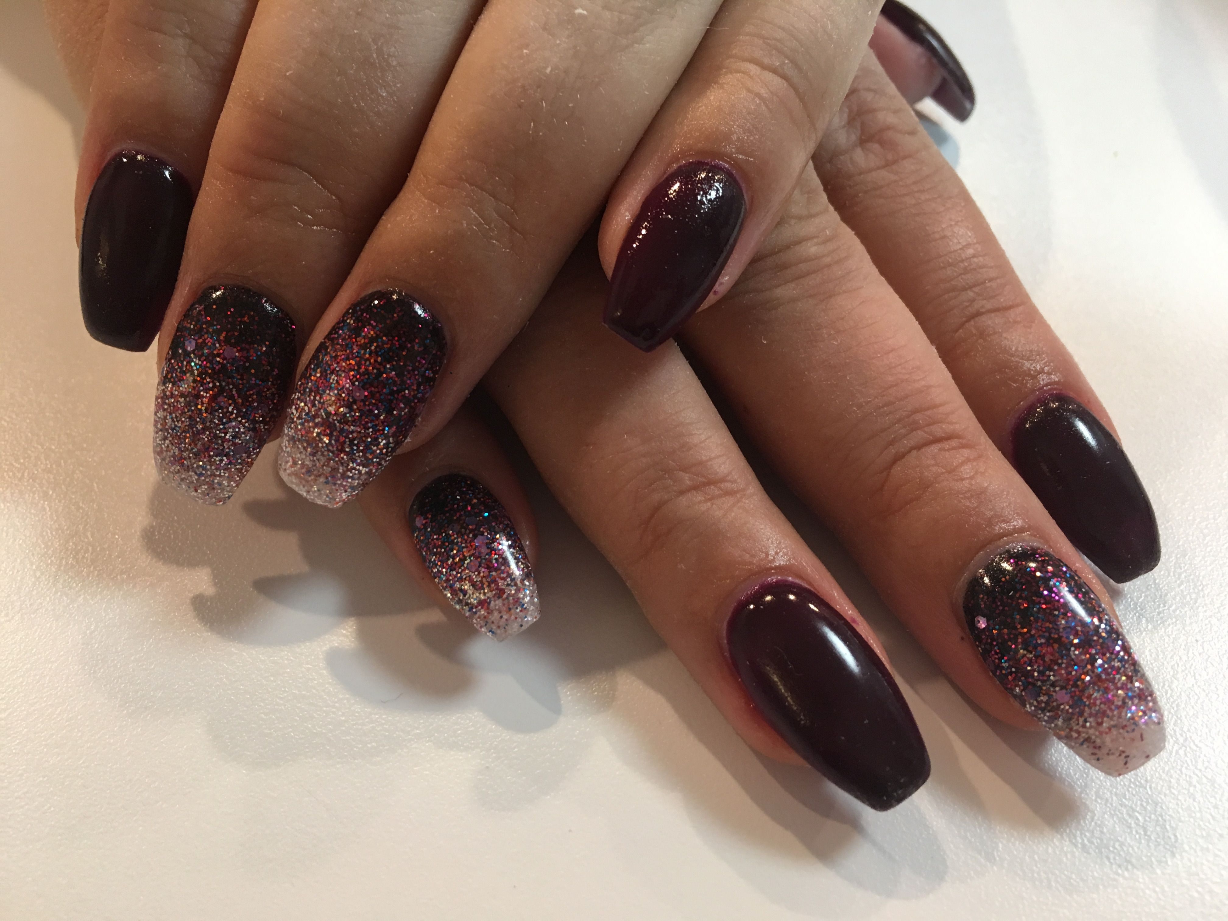 Burgundy Coffin Nails Ombre Sparkles Coffin Nails Ombre Ombre Nails Glitter Rhinestone Nails
