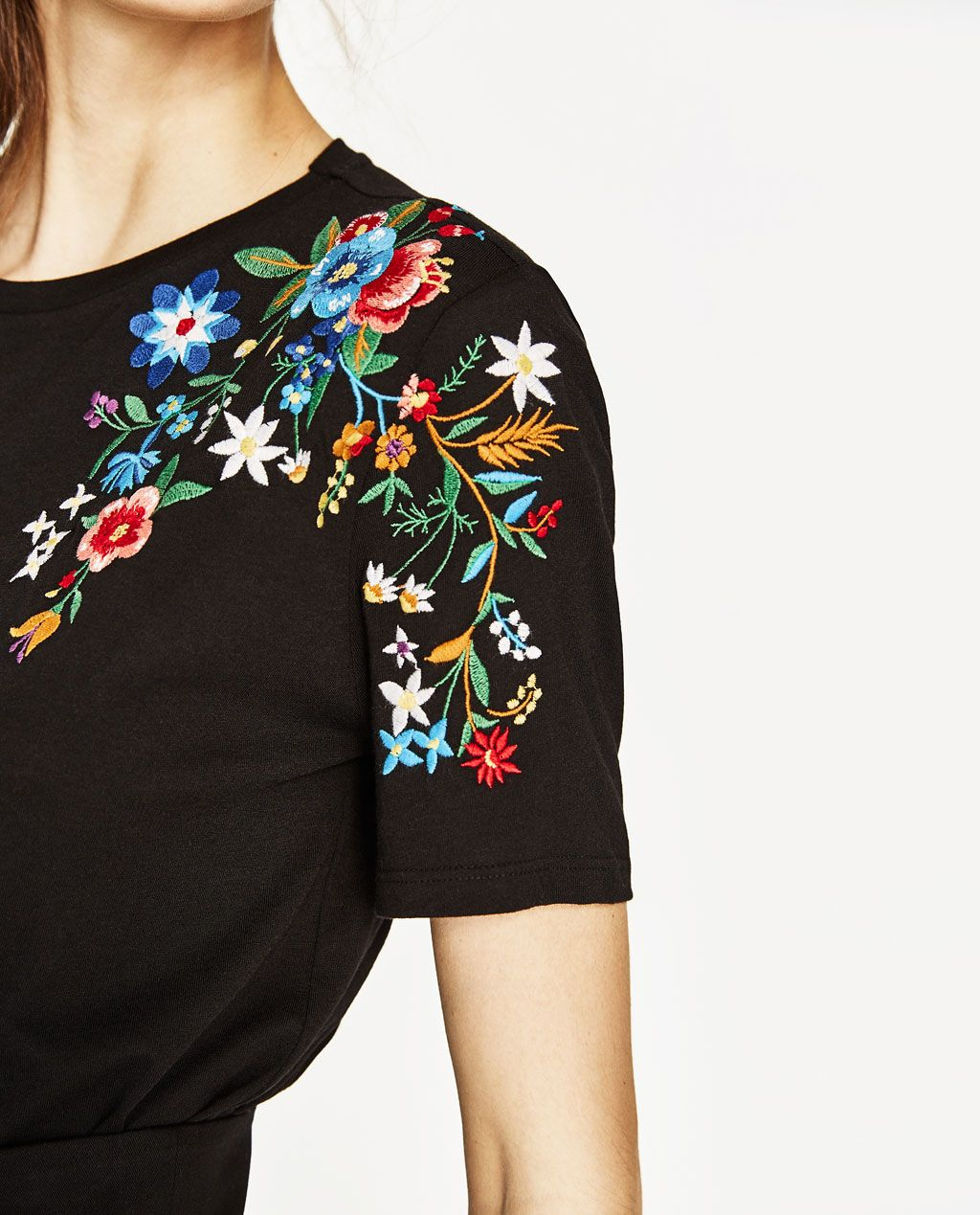 ec3cf8942 T-SHIRT WITH EMBROIDERED SHOULDER-Short sleeve-T-SHIRTS-WOMAN | ZARA United  States