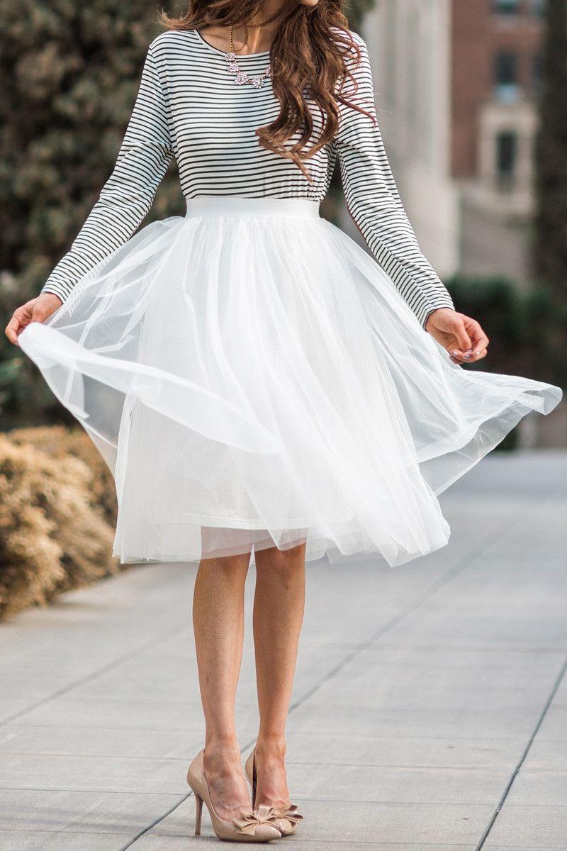 White Tulle Midi Skirt Tulle Skirts For Women Midi Skirts Fun And Flirty Outfits White Tulle Midi Skirt Tulle Midi Skirt Tulle Skirts Outfit [ 1200 x 800 Pixel ]