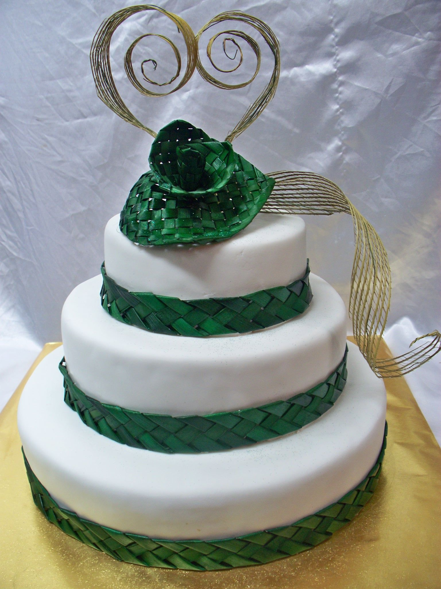 birthday and wedding cakes auckland maori flax themed wedding cake best wedding cakes in 11799