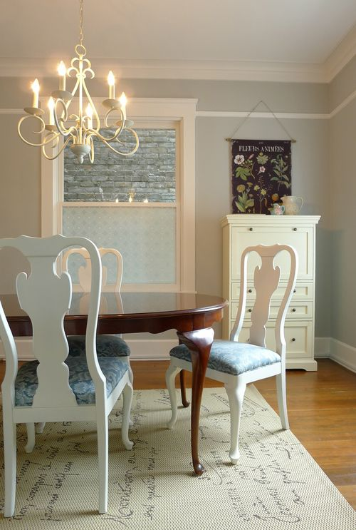 How To Pair A Dining Table And Chairs