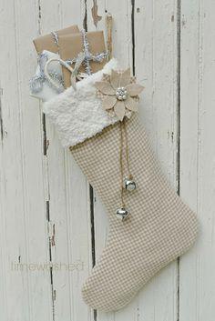 Photo of La calza della Befana in stile Shabby Chic, Provenzale e Country