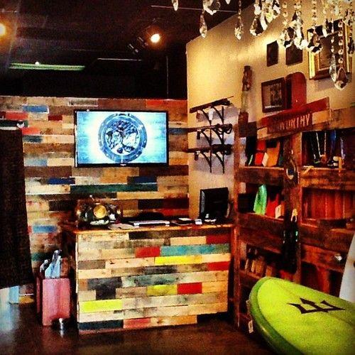 Pin De Arik Teplon En Insp My Shop Tienda De Surf Decoracion De Surf Decoracion De Local