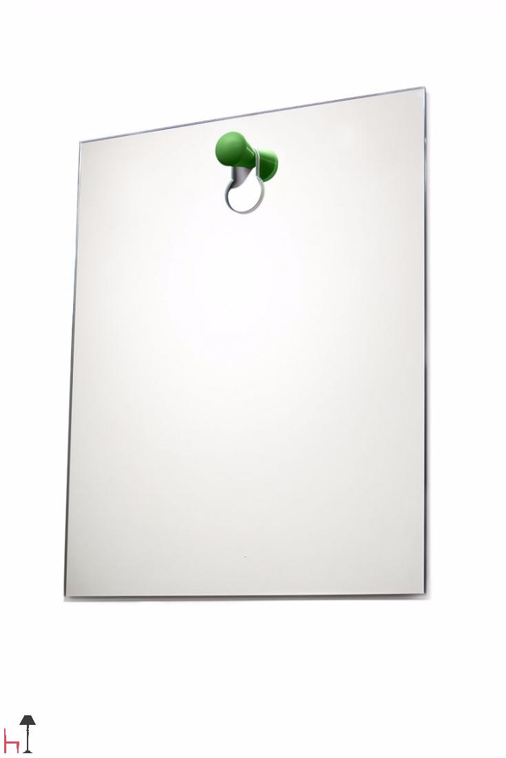 Knobble is a mirror designed by Dick Van Hoff.