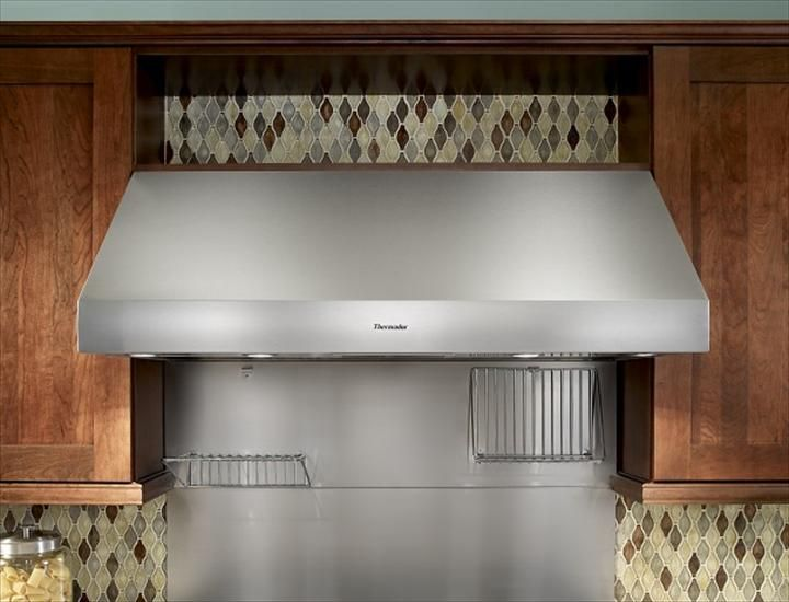 36 Inch Professional Wall Hood With 27 Inch Depth Ph36gs Thermador Kitchen Ventilation Kitchen Range Hood Thermador
