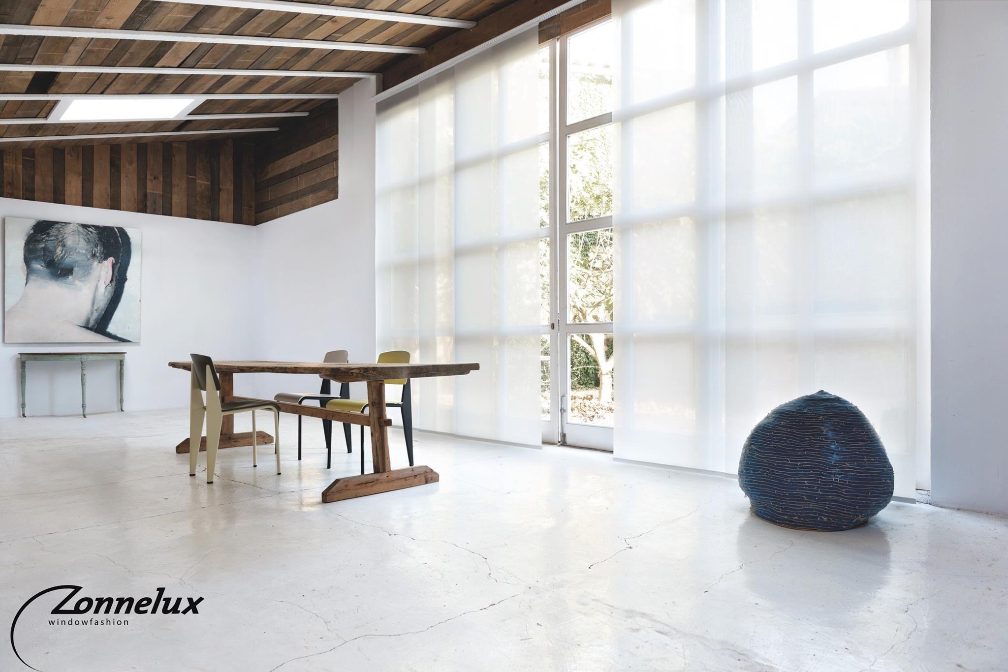 Woonkamer inrichten met veel ramen beste raambekleding voor je