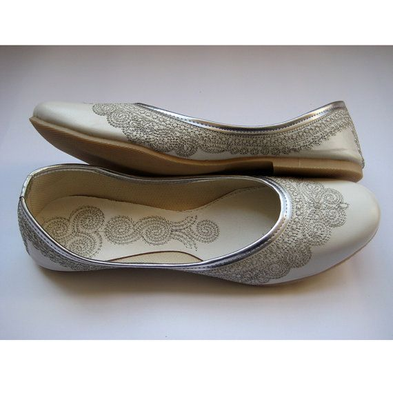 fbb91fad3f8d White Bridal Ballet Flats Wedding Shoes Silver Shoes Handmade Indian  Designer Women Shoes or Slippers Maharaja Style Women Jooties on Etsy