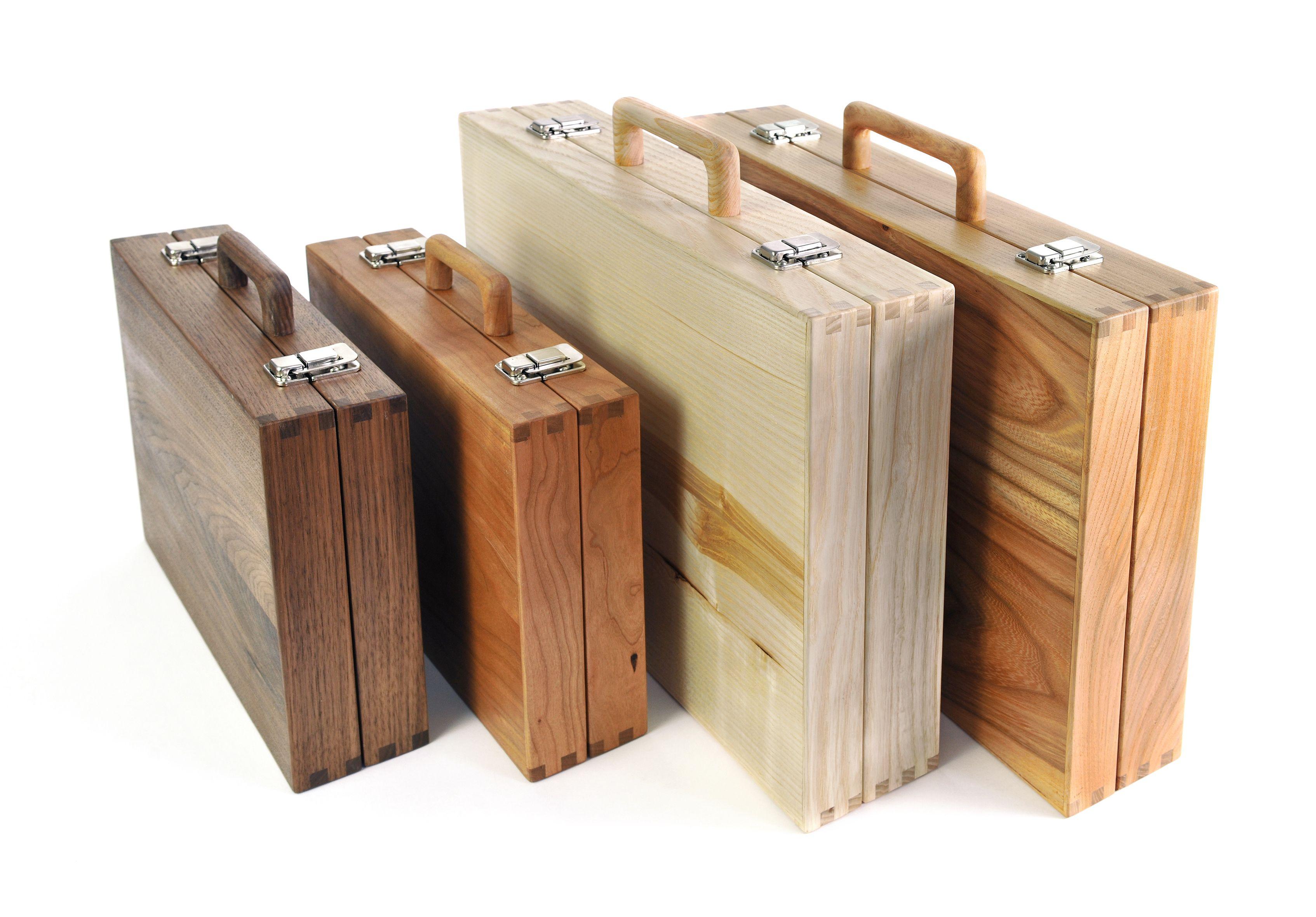 Betere Handgemaakte houten koffers in twee praktische gangbare maten AW-34