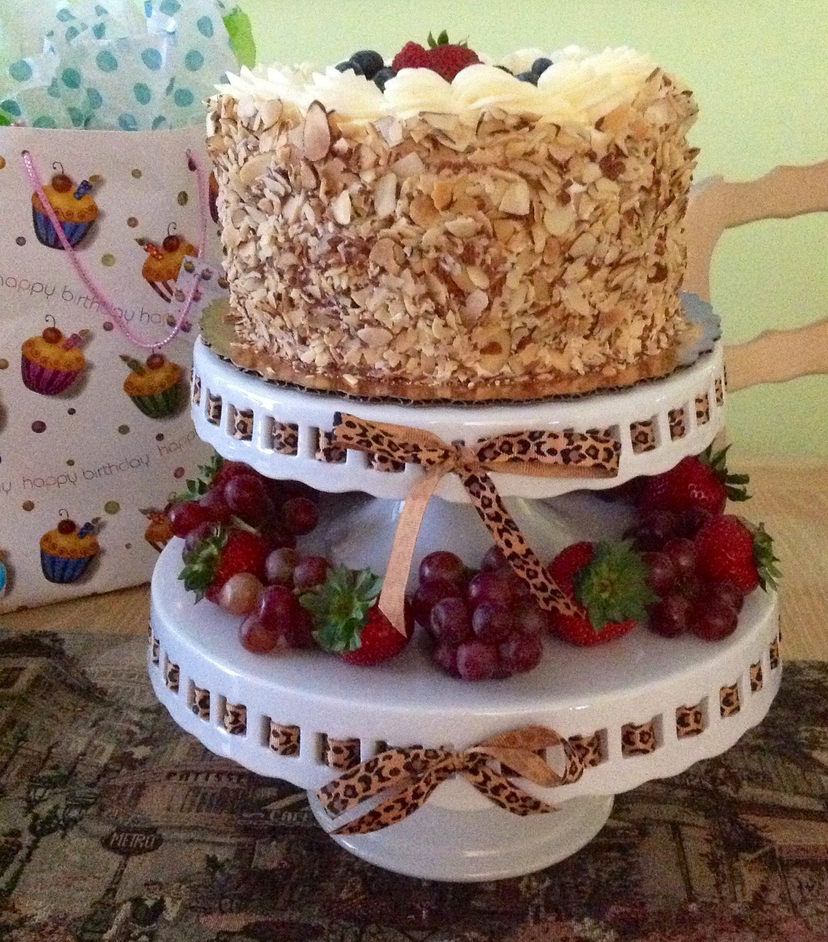whole foods berry cake - 28 images - whole foods birthday cakes ...