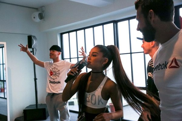 Ariana Grande Dancers Twins