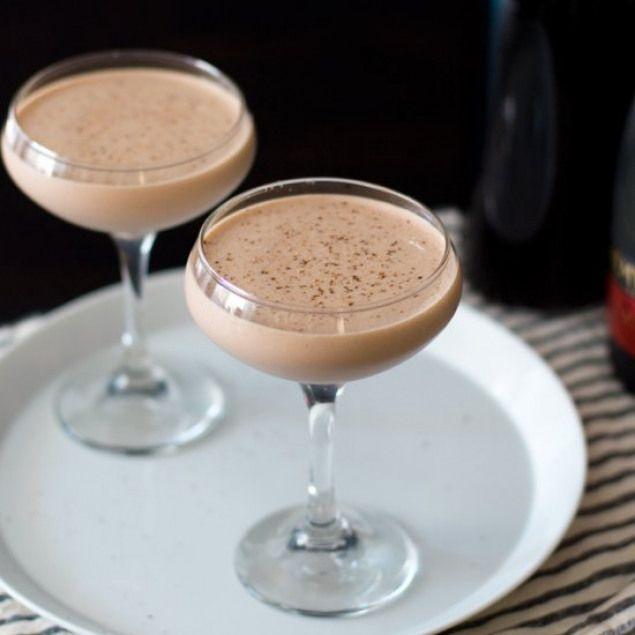 Brandy Alexander Recipe Drinks And Cocktails Recipes