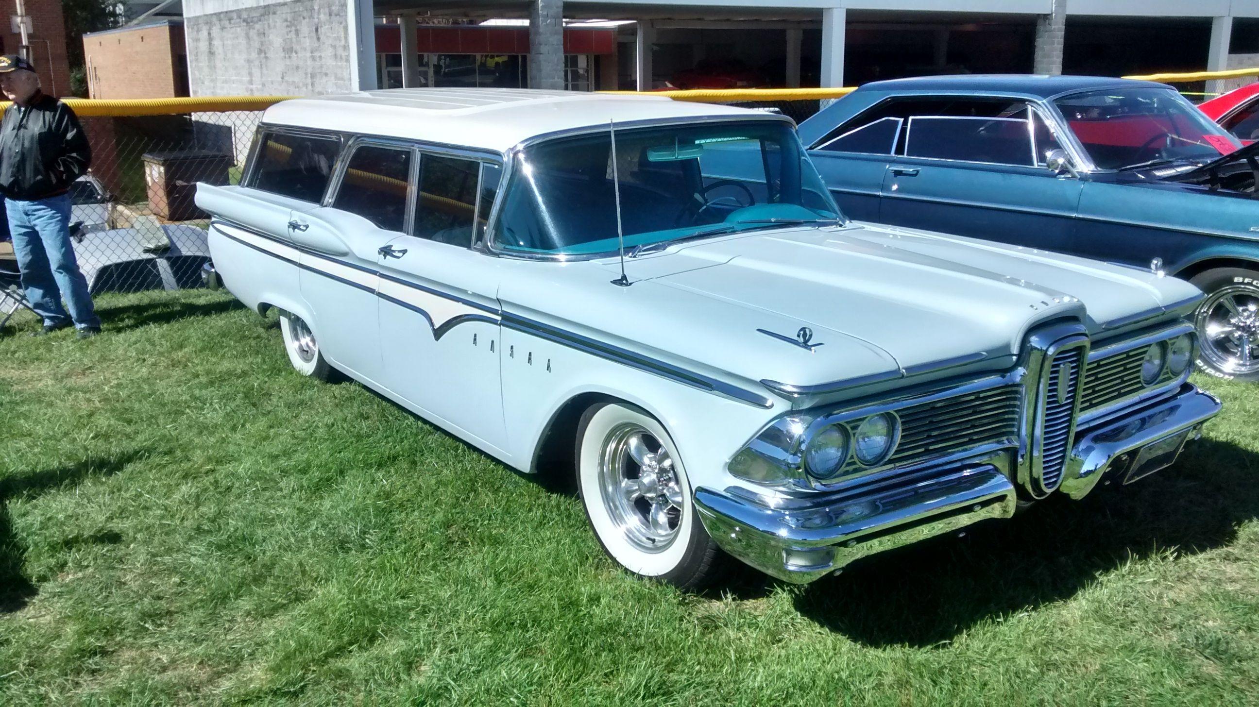 1959 Edsel Villager 4-door wagon