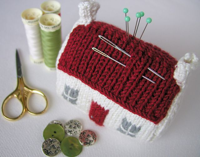 knitted house pincushion