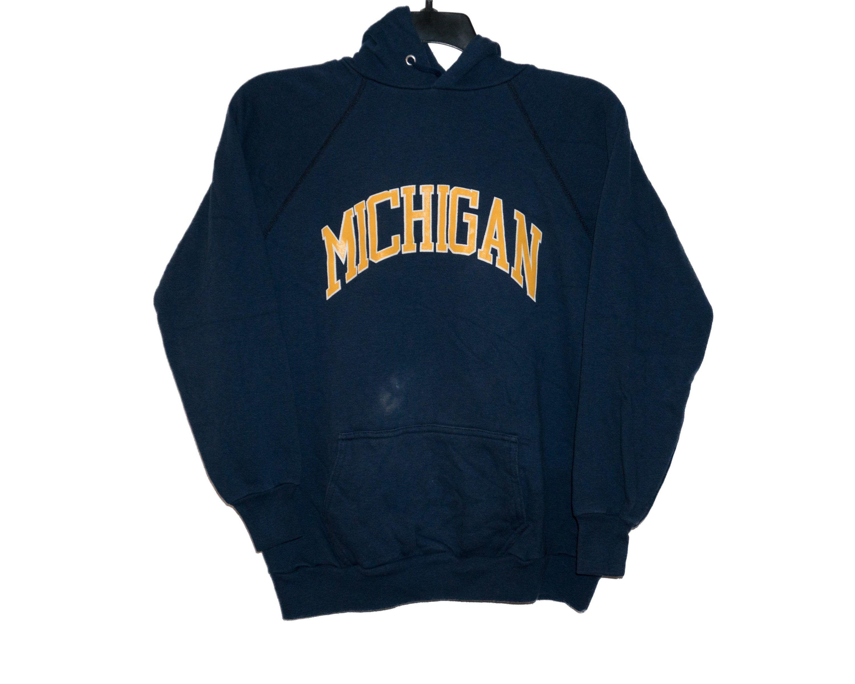 Vintage University Of Michigan Um U Of M Wolverines Hooded Etsy Sweatshirts Yellow Sweatshirt Michigan Hoodie [ 2399 x 3000 Pixel ]