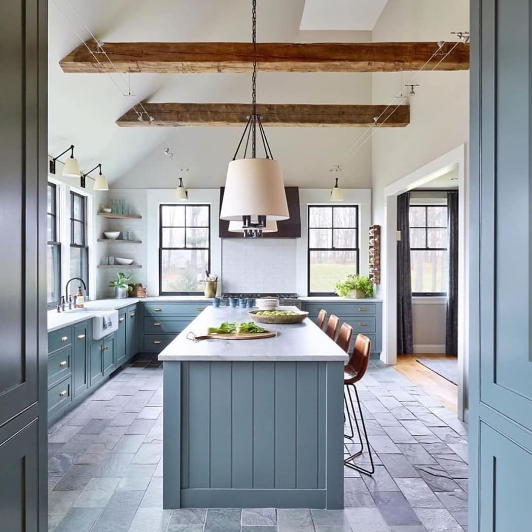 Vivir Design On Instagram These Vaulted Ceilings With Beams Across Were The First Thing T Vaulted Ceiling Kitchen Ceiling Beams Living Room Grey Blue Kitchen