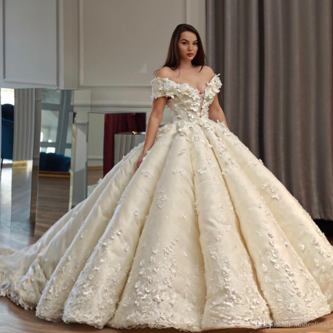 Hochzeitskleid Schulterfrei – Valentins Day  Hochzeitskleid