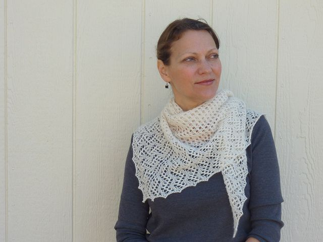 """easy as pie"" free knitted shawl pattern"
