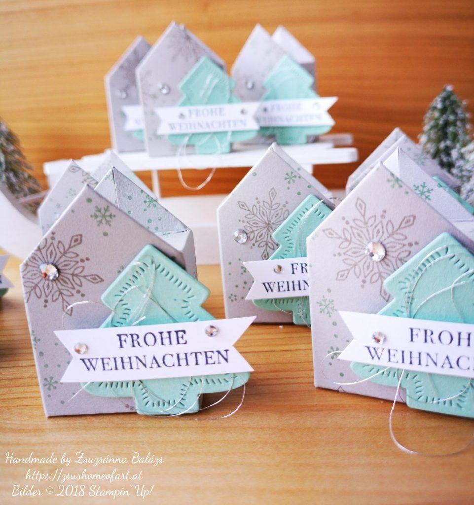 Stamp'N'Hop 12/2018: Weihnachtliche Häuschenverpackung mit Anleitung – Zsu's Home Of Art #weihnachtlichefensterdeko