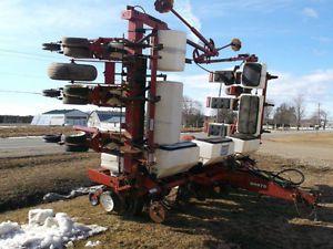White 6100 Planter For Sale By Owner On Heavy Equipment Registry