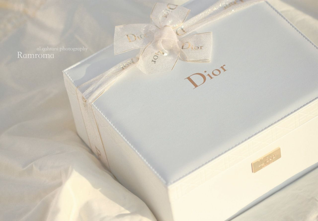 dior gold and white box packaging design amp packaging