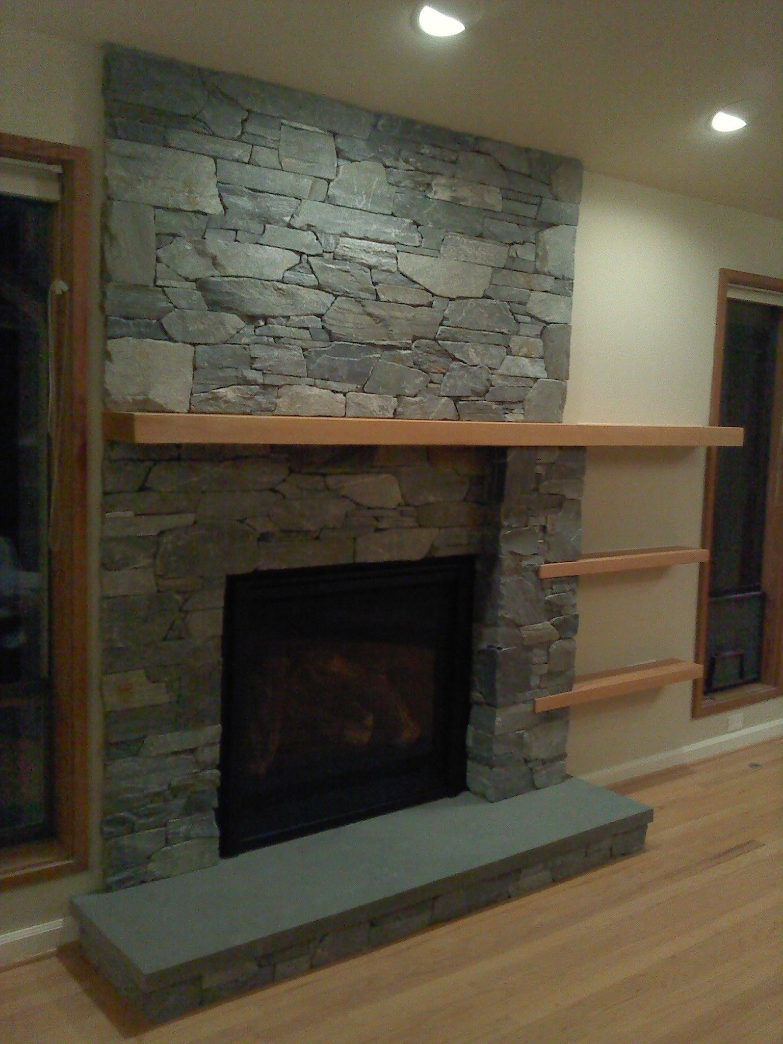 Exceptionnel Decoration, Beautiful Modern Minimalist Fireplace Design With Natural Stone  Fireplace Mantel Surround And Black Facing Also Simple Shelf Ideas ~  Attractive ...