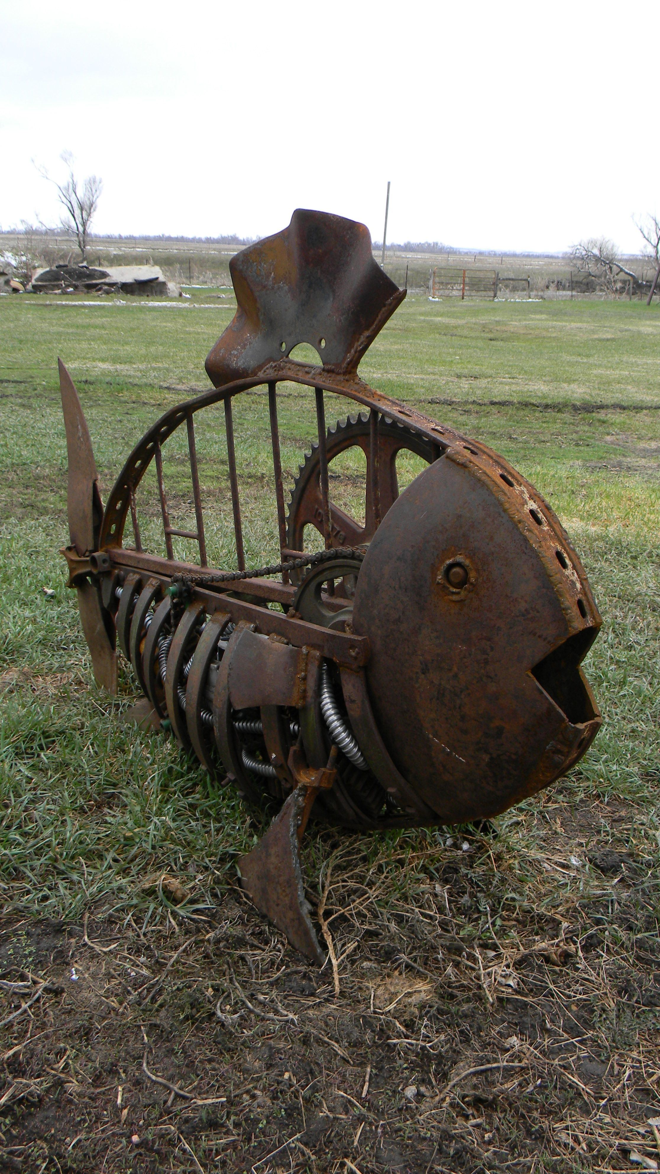 Fish metal art...   Scrap metal art, Metal yard art