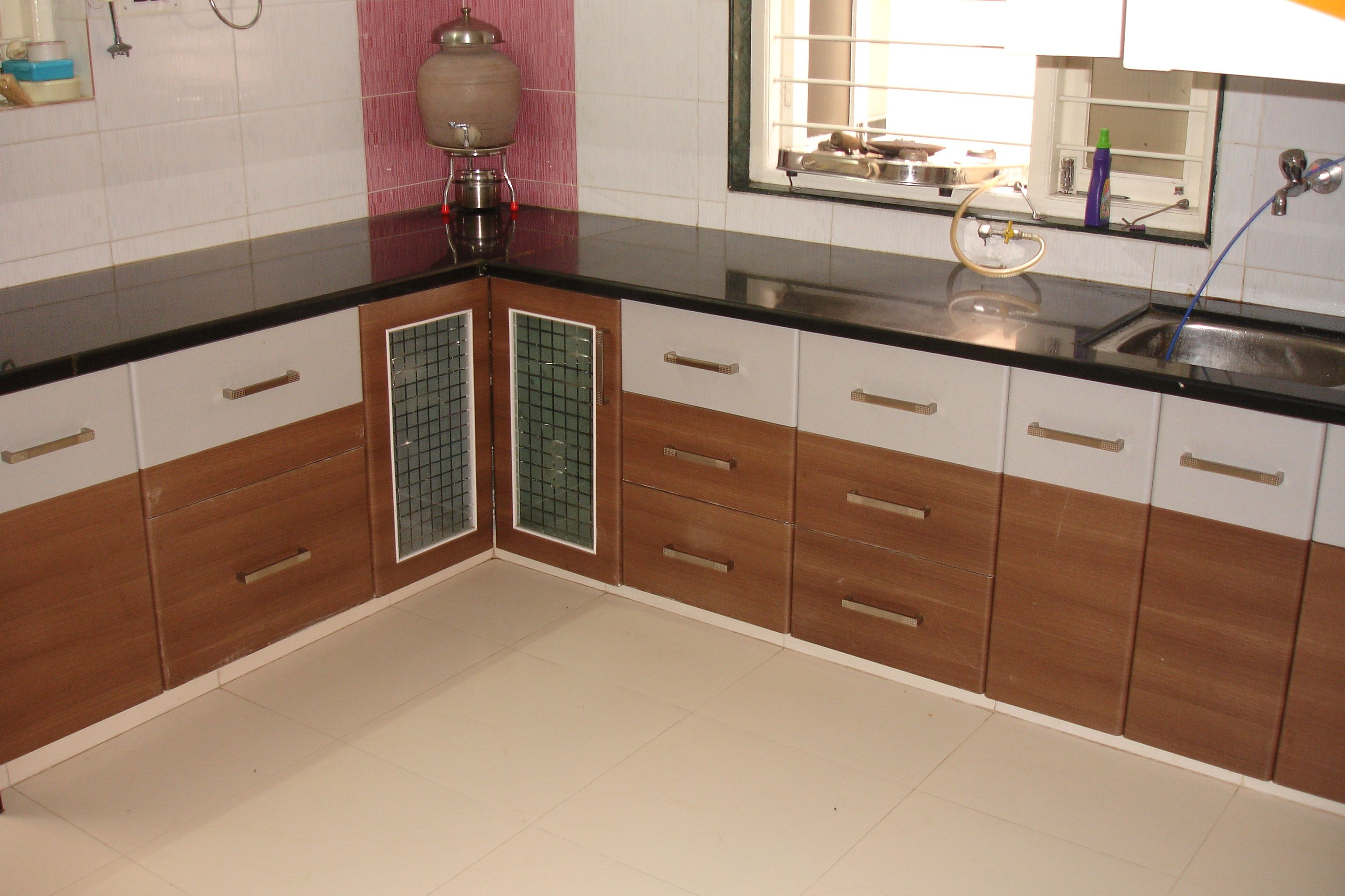 T shaped modular kitchen designer in meerut call meerut for Aluminium kitchen cabinets hyderabad