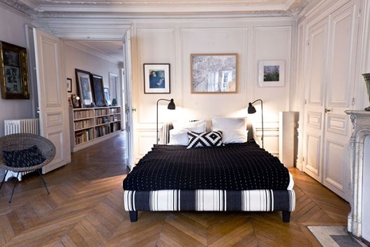 Bedroom Decor Inspiration Via The Socialite Family Blog Minimal Bedroom Decor Neutral Bedlinen With A Simple Bedsi Home Decor Styles Interior Bedroom Decor