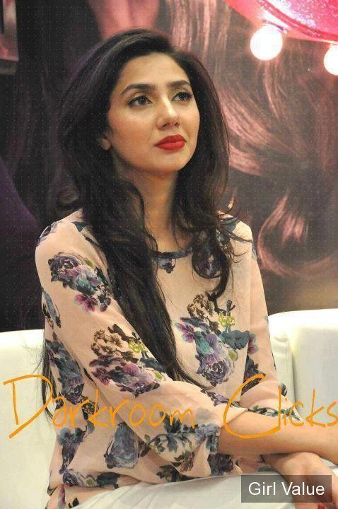 mahira khan in morning show tv programme.