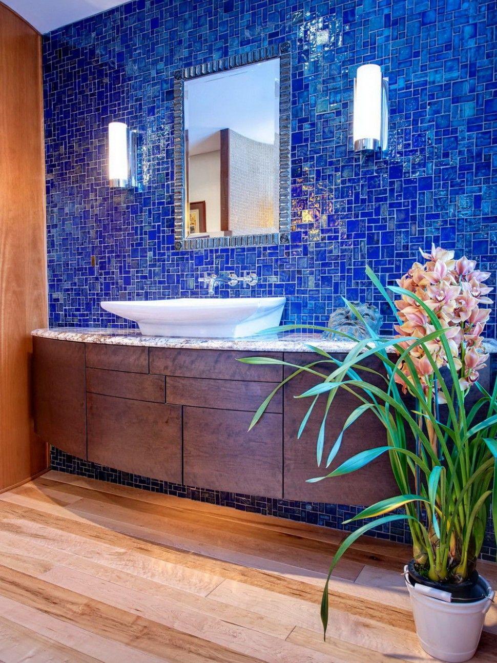 Blue Mosaic Bathroom Ideas in 2020 | Blue bathroom tile ...