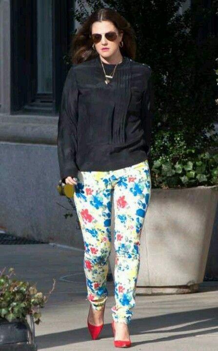 Drew Barrymore has got me liking floral pants.