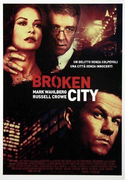 Broken City Starring Mark Wahlberg Russell Crowe Adds An Italian Poster Mark Wahlberg Film Thriller