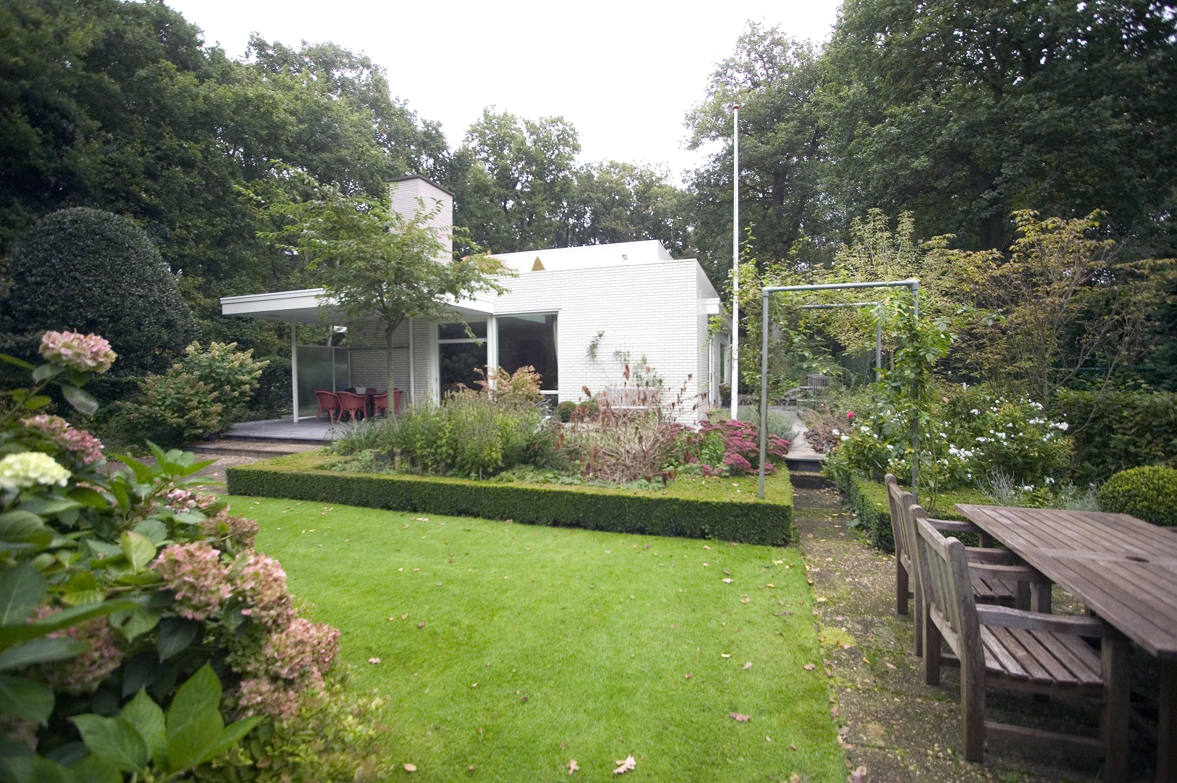 Tuin tuinontwerp tuinarchitect hovenier hoveniersbedrijf tuinaanleg