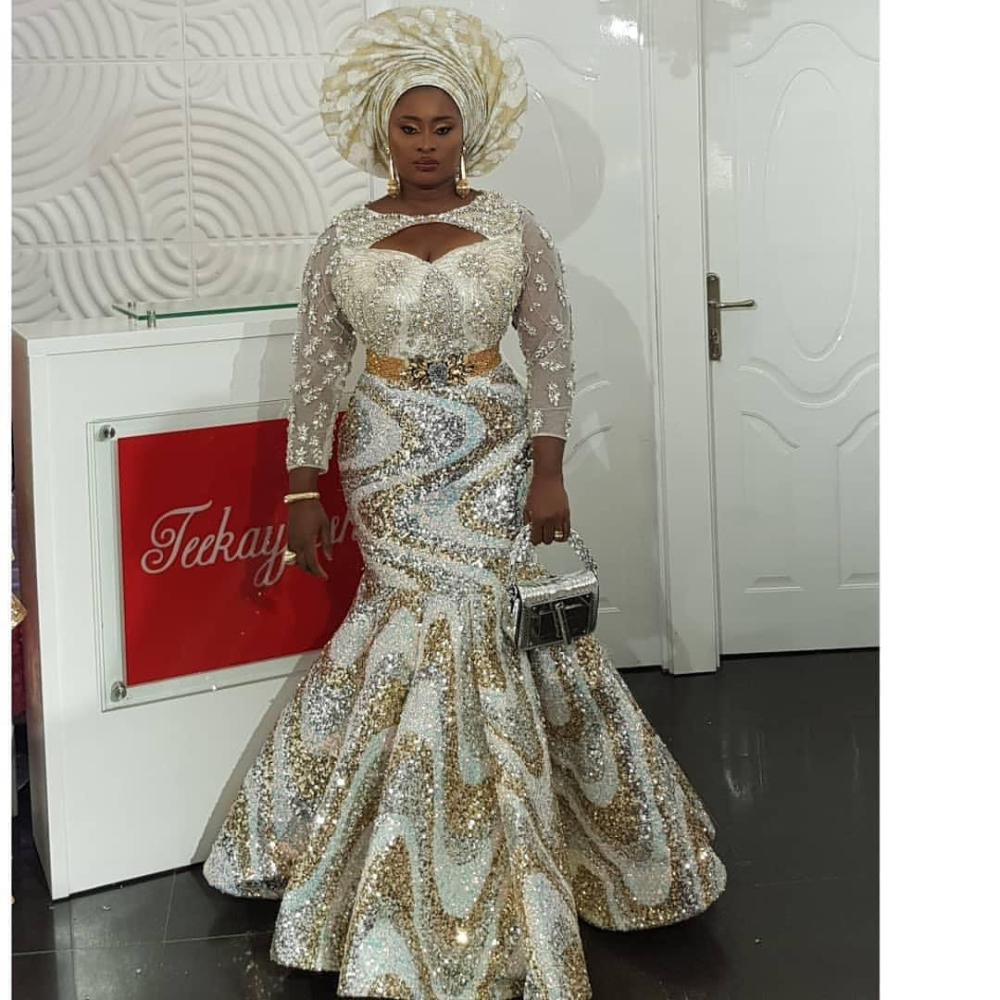 30 Stunning Aso Ebi Dress Styles For Church And Wedding 2020 Nigeriandressstyles 30 Stunning Aso Ebi Dre In 2020 Nigerian Dress Styles Aso Ebi Dresses Fashion Dresses