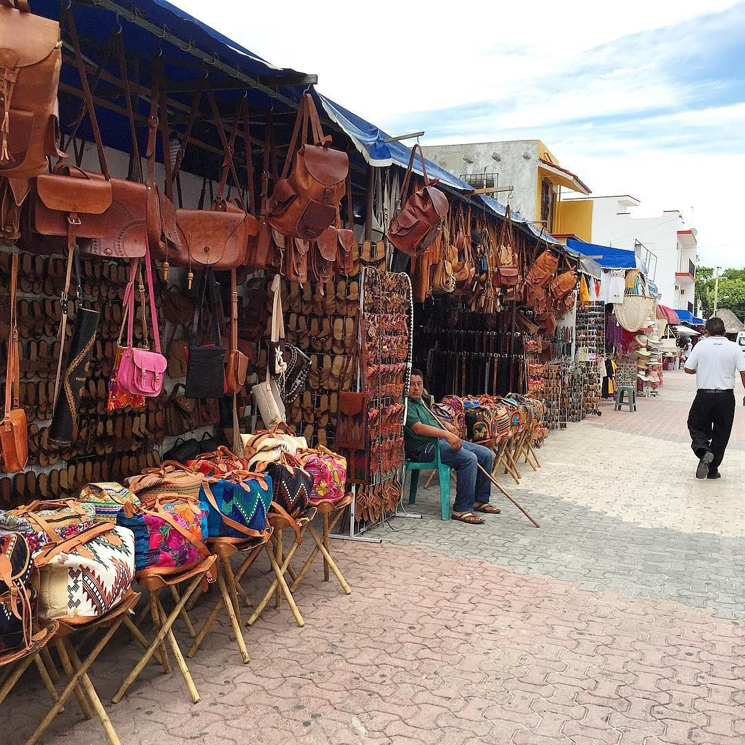 Enjoy Some Shopping In Downtown Cancun. Trinkets Galore
