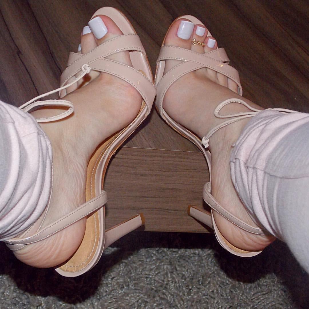 2072c1ffd99 Dani Feet Nude Heels